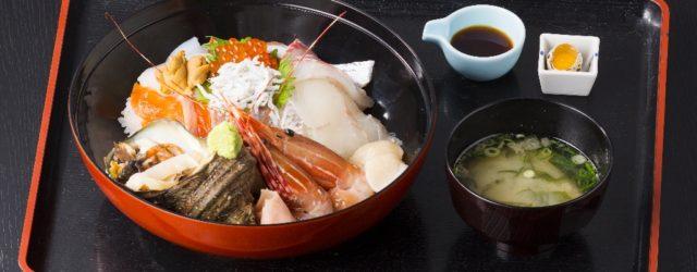 当店のメニュー画像(海鮮丼と刺身定食)